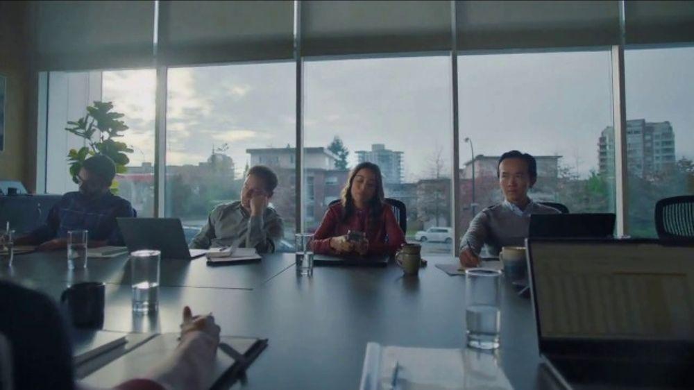 Robinhood Financial TV Commercial, 'Confetti Office'