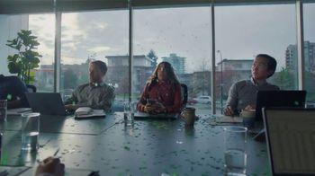 Robinhood Financial TV Spot, 'Confetti Office' - Thumbnail 5