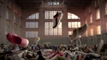 Saucony Biodegradable Collection TV Spot, 'One Small Step' - Thumbnail 3