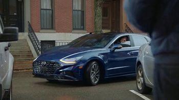 2020 Hyundai Sonata TV Spot, 'Smaht Pahk' Ft. John Krasinski, Chris Evans, Rachel Dratch [T1] - Thumbnail 1