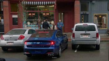 2020 Hyundai Sonata TV Spot, 'Smaht Pahk' Ft. John Krasinski, Chris Evans, Rachel Dratch [T1] - Thumbnail 6