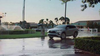 2020 Toyota Highlander TV Spot, 'Top Hat' Ft. Cat Wilson, Dawn Richard, Nadine Ellis [T1] - Thumbnail 4