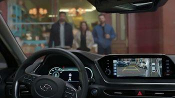 2020 Hyundai Sonata Super Bowl 2020 TV Spot, 'Smaht Pahk' Ft. John Krasinski, Chris Evans [T1] - Thumbnail 8