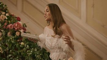 Genesis GV80 Super Bowl 2020 TV Spot, 'Going Away Party' Ft. Chrissy Teigen, John Legend [T1] - Thumbnail 4