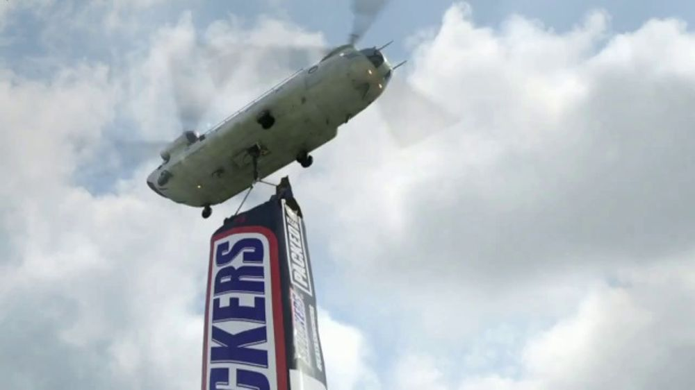 Snickers: Fix the World