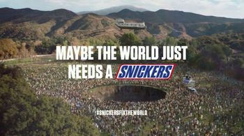 Snickers Super Bowl 2020 TV Spot, 'Fix the World' Featuring Luis Guzman - Thumbnail 9