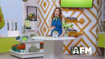 Avocados From Mexico Super Bowl 2020 TV Spot, 'The Avocados from Mexico Shopping Network' Featuring Molly Ringwald - Thumbnail 2