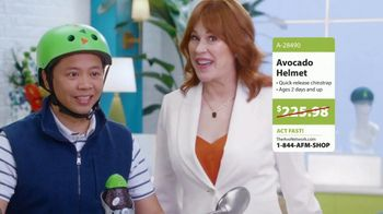 Avocados From Mexico Super Bowl 2020 TV Spot, 'The Avocados from Mexico Shopping Network' Featuring Molly Ringwald - Thumbnail 9