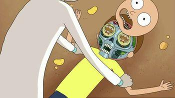 Pringles Super Bowl 2020 TV Spot, 'The Infinite Dimensions of Rick and Morty' - Thumbnail 6