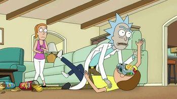 Pringles Super Bowl 2020 TV Spot, 'The Infinite Dimensions of Rick and Morty' - Thumbnail 7