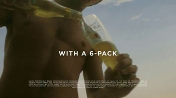 Michelob ULTRA Pure Gold Super Bowl 2020 TV Spot, '6 for 6-Pack' - Thumbnail 7