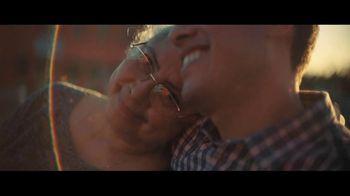 Walmart TV Spot, 'United Towns' Song by Elton John - Thumbnail 8