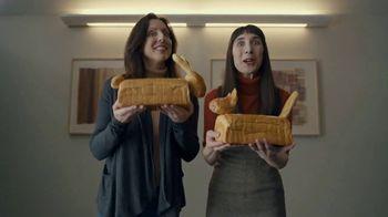 Little Caesars Pizza Super Bowl 2020 TV Spot, 'Best Thing Since Sliced Bread' Featuring Rainn Wilson - Thumbnail 5