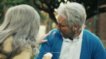 Tide POWER PODS Super Bowl 2020 TV Spot, 'Finally Later' Featuring Charlie Day, Emily Hampshire - Thumbnail 9