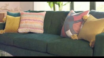 Rooms to Go TV Spot, 'Add Some Color to Your World' Featuring Julianne Hough - Thumbnail 2