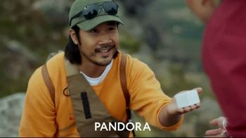 Pandora TV Spot, 'Valentines Day: Show Her That You Know Her' - Thumbnail 3