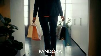 Pandora TV Spot, 'Valentines Day: Show Her That You Know Her' - Thumbnail 4