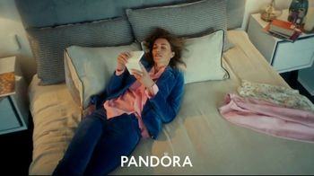 Pandora TV Spot, 'Valentines Day: Show Her That You Know Her' - Thumbnail 5