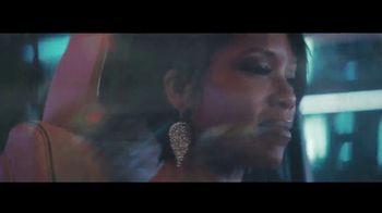 2021 Cadillac Escalade TV Spot, 'The Arrival' Feat. Regina King, Song by DJ Shadow [T1] - Thumbnail 4