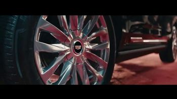 2021 Cadillac Escalade TV Spot, 'The Arrival' Feat. Regina King, Song by DJ Shadow [T1] - Thumbnail 6