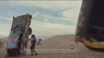 American Express Delta SkyMiles Platinum Card TV Spot, 'For the Status of You: Super Cool Mom' - Thumbnail 8