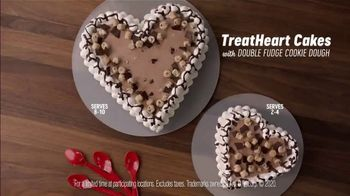 Dairy Queen TreatHeart Cakes TV Spot, 'Valentine's Day: A Lot of Work' - Thumbnail 5