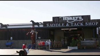 Vetericyn Animal Wellness Foam Care Shamooo TV Spot, 'Whiplash the Cowboy Monkey Goes to Teskey's'