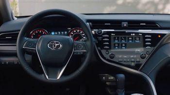 2020 Toyota Camry TV Spot, 'Espacioso' [Spanish] [T2] - Thumbnail 4