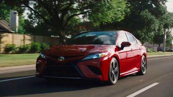 2020 Toyota Camry TV Spot, 'Espacioso' [Spanish] [T2] - Thumbnail 7