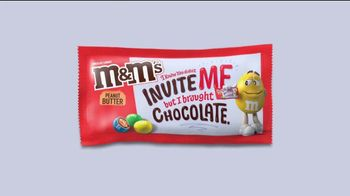 M&M's TV Spot, 'The Oscars: After Party' - Thumbnail 4