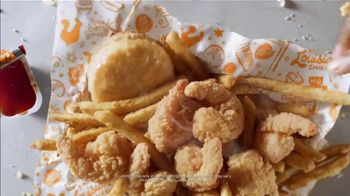 Popeyes $6 Buttermilk Biscuit Shrimp TV Spot, 'Km9000' - Thumbnail 5