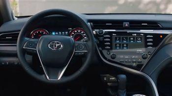 2020 Toyota Camry TV Spot, 'Roomy' [T2] - Thumbnail 4