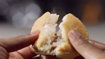 Popeyes $6 Buttermilk Biscuit Shrimp TV Spot, 'Daymdrops' - Thumbnail 5