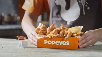 Popeyes $6 Buttermilk Biscuit Shrimp TV Spot, 'Daymdrops' - Thumbnail 6