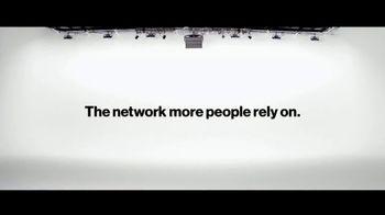 Verizon TV Spot, 'Pinto Family' - Thumbnail 10