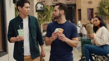 Taco Bell Double Cheesy Gordita Crunch TV Spot, 'Double Takes'