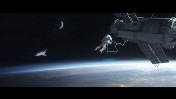 Quibi TV Spot, 'Oxygen' Featuring Liam Hemsworth