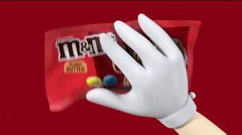 M&M's TV Spot, 'The Oscars: No Host' - Thumbnail 5