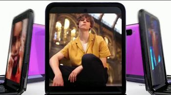 Samsung Galaxy Z Flip TV Spot, 'Change the Shape of the Future' Song by Serge Gainsbourg - Thumbnail 4