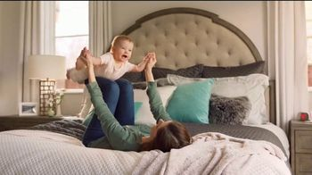 Havertys Year End Mattress Sale TV Spot, \'Free Box Spring with Stearns & Foster\'