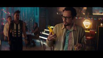 Sprint TV Spot, 'Roadside Bar Galaxy: Galaxy S10' con Prince Royce [Spanish] - Thumbnail 5