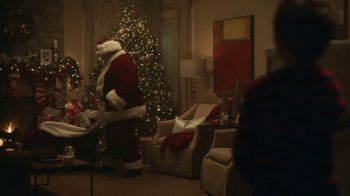 Mercedes-Benz Winter Event TV Spot, 'Viral Santa' [T2] - Thumbnail 4