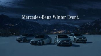 Mercedes-Benz Winter Event TV Spot, 'Viral Santa' [T2] - Thumbnail 6