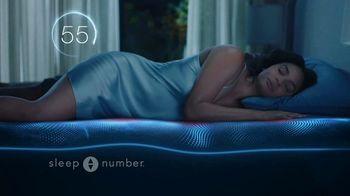 Sleep Number Lowest Prices of the Season TV Spot, 'Stay Asleep' - Thumbnail 6