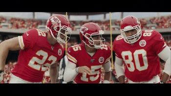DIRECTV NFL Sunday Ticket TV Spot, 'A Better Way: Team Huddle: Holiday Offer' Featuring Patrick Mahomes - Thumbnail 1