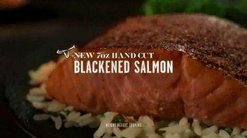 Longhorn Steakhouse TV Spot, 'Legendary: Salmon, Rib Eye Steak and Flo's Filet' - Thumbnail 6