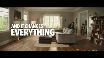 Lumber Liquidators Winter Sale TV Spot, 'Changes: 24 Month Special Financing' Song by Electric Banana - Thumbnail 3