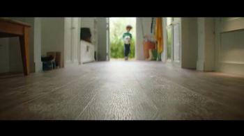 Lumber Liquidators Winter Sale TV Spot, 'Changes: 24 Month Special Financing' Song by Electric Banana - Thumbnail 6
