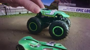 Hot Wheels Monster Trucks Epic Loop Challenge TV Spot, 'Crush It' - Thumbnail 9