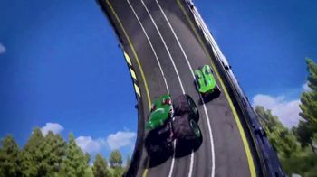 Hot Wheels Monster Trucks Epic Loop Challenge TV Spot, 'Crush It'